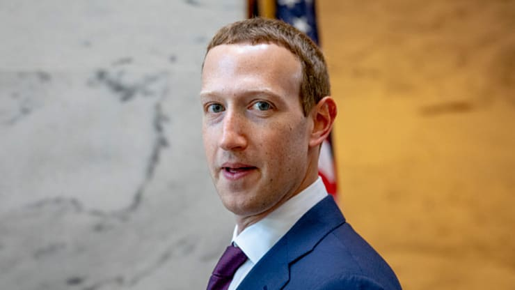 Zuckerberg blasts Elizabeth Warren's plan to break up Facebook and says it's an 'existential' threat